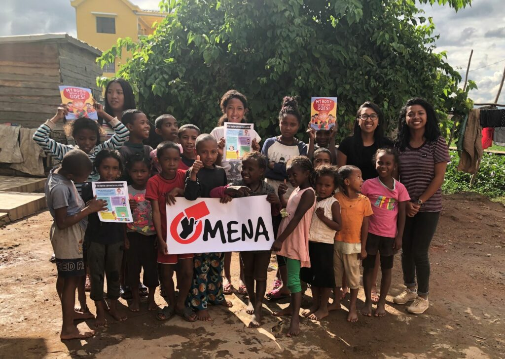 Child guide group of kids with volunteers from Omena